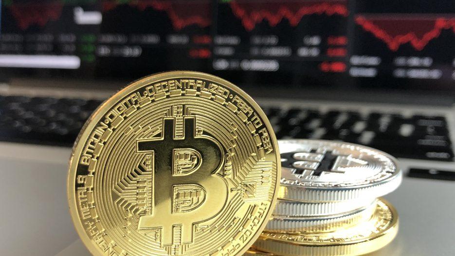 Drie coins om in 't oog te houden in Februari: Icon, XRB en BTC